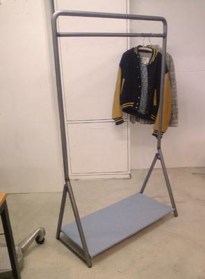hanger2-2.jpg